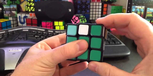 Slomo Cubing – iPhone 5s 120fps