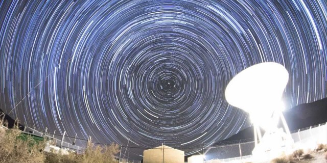 Owens Valley Radio Observatory Milky Way Time-Lapse