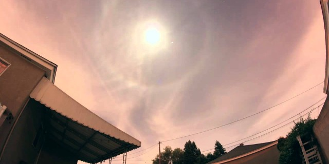 Moon Ring Time lapse.  Lunar Halo!
